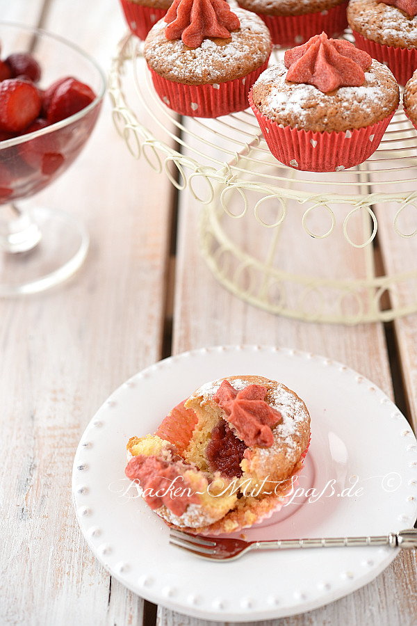 Erdbeer- Pudding- Muffins